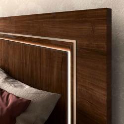 Кровать  155*200 ES in color Walnut